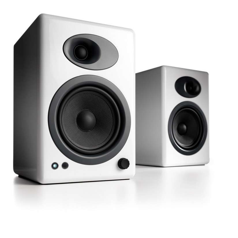 Audioengine 5 Powered Bookshelf Speakers Pair Hi Gloss White