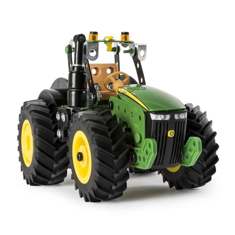 Meccano John Deere Tractor (8R)
