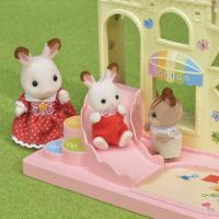 Sylvanian Families Baby Castle Playground