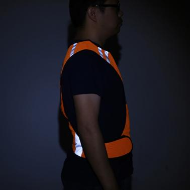 Outdoor Sports Running Reflective Safety Vest Gear with LED Lights High Visibility for Exercise Jogging Cycling